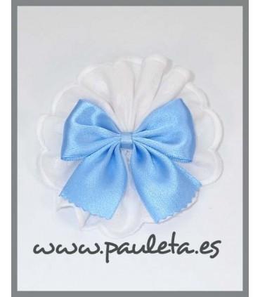 Pinza pelo tira bordada blanca con lazo azul celeste P7636BL-05