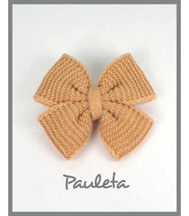 Lazo de lana para el pelo de color mostaza P7627-48