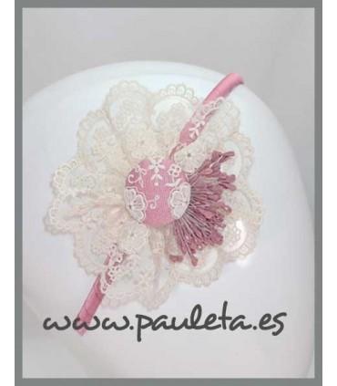 diadema con tul bordado de color rosa empolvado 5590-61