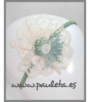 diadema con tul bordado de color verde hoja 5590-66